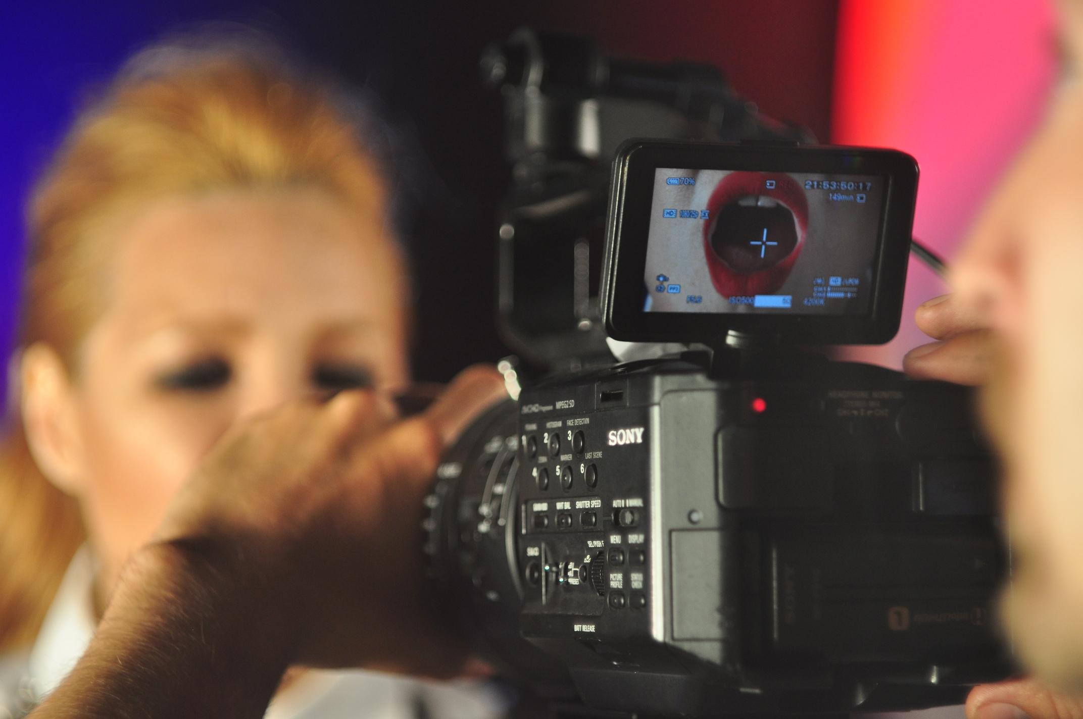 SHOOTING video for Guru Groove Foundation VJ Show